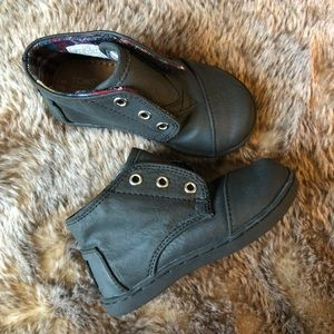 Toms boys boots